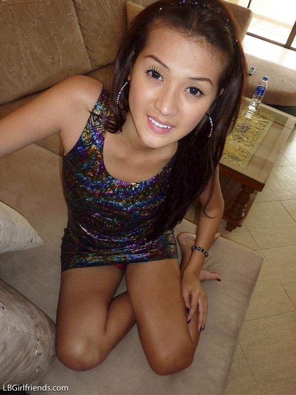 Candid Mixed Photos Of Sensuous T-Girl Girlfriends 8