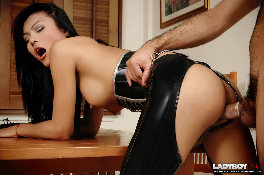 Latex Transexual Gets Her Dick Sucked Before Sex