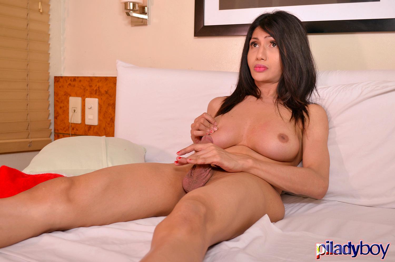 Pauline Diaz: Steamy Yuletide Candy Cane 2