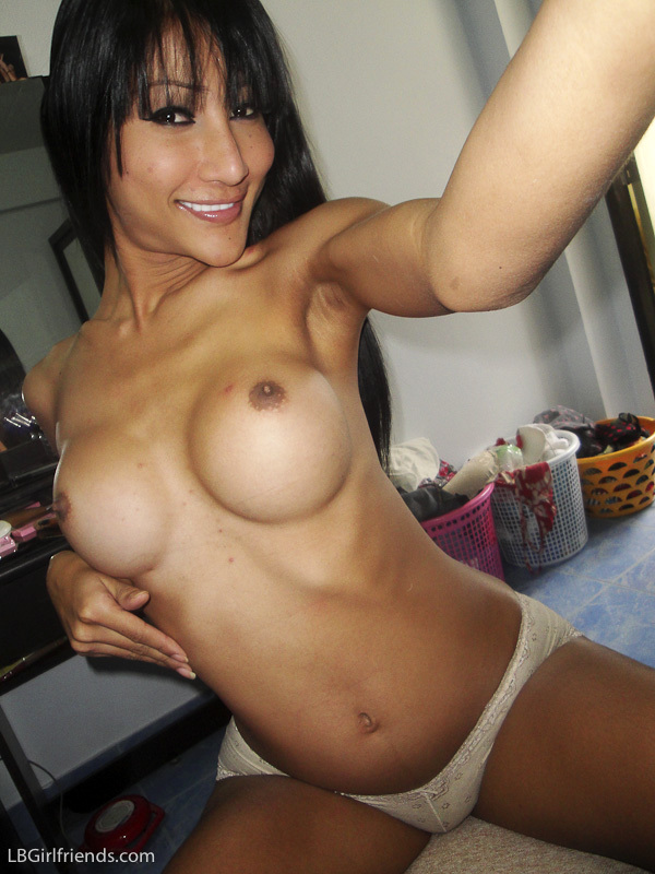 Self Shot Naked Pics From Voluptuous Ts Nuts Camera