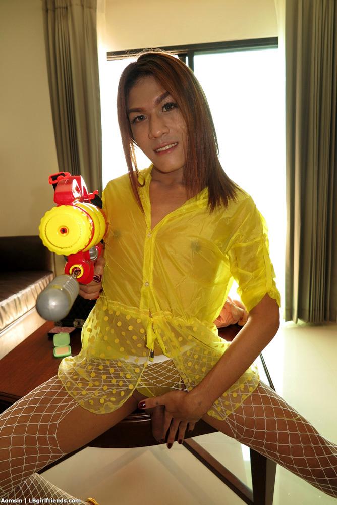 Songkran Massage Bare Back
