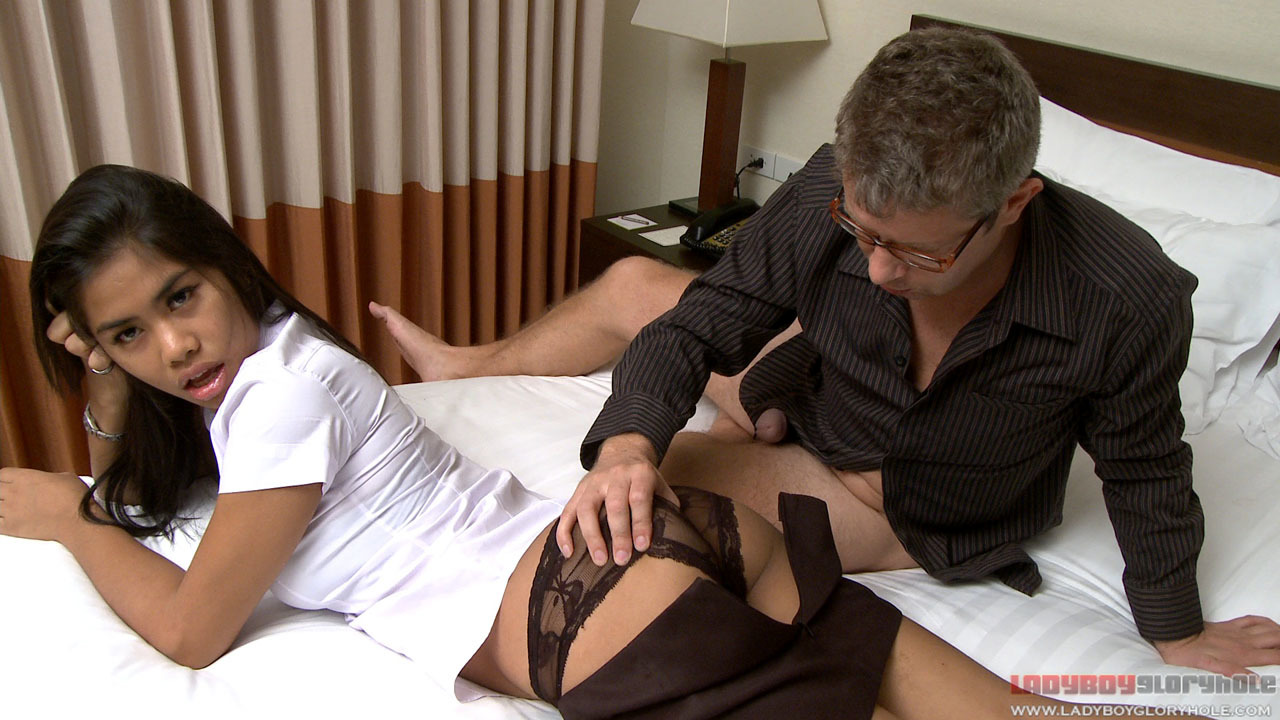 Super Beautiful Femboy Coupling With White Guy