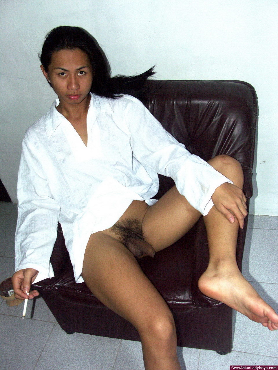 Sweet TGirl Stripping And Proudly Exhibiting Her Rough Cock