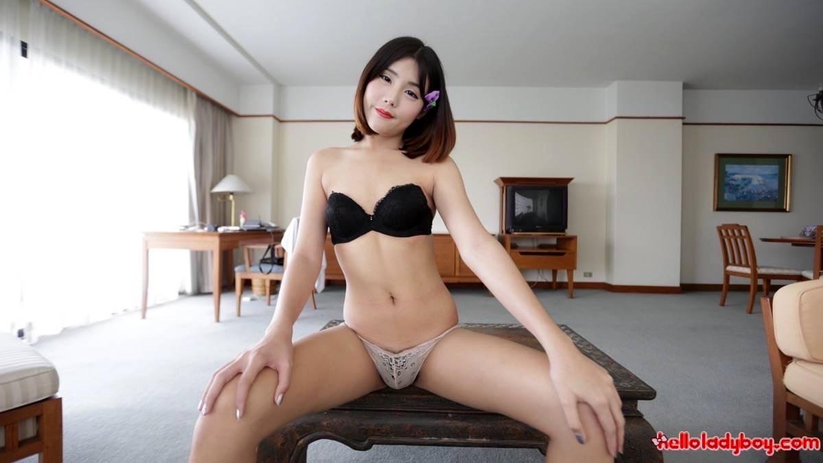 Tinie Shy Tranny From Bangkok Flashes Not So Perfect Behavior