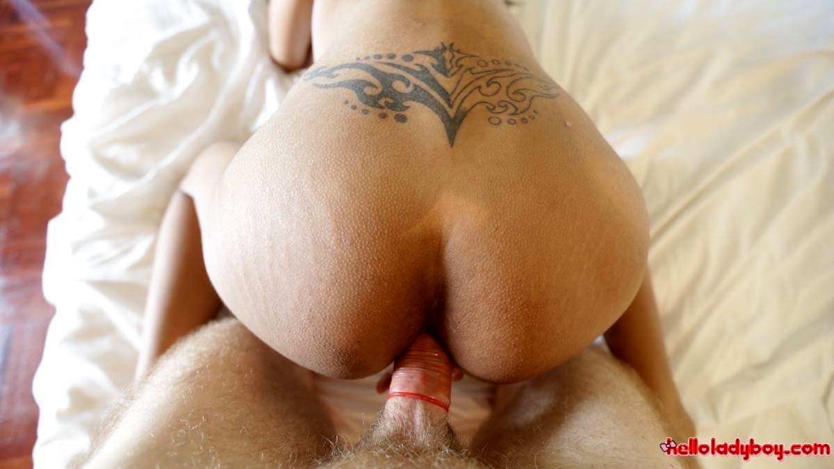Tinie Tittied 18 Yr Old Asian T-Girl Gets Enormous Facial From White Tourist